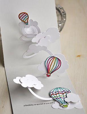 Carte anniversaire avec montgolfière