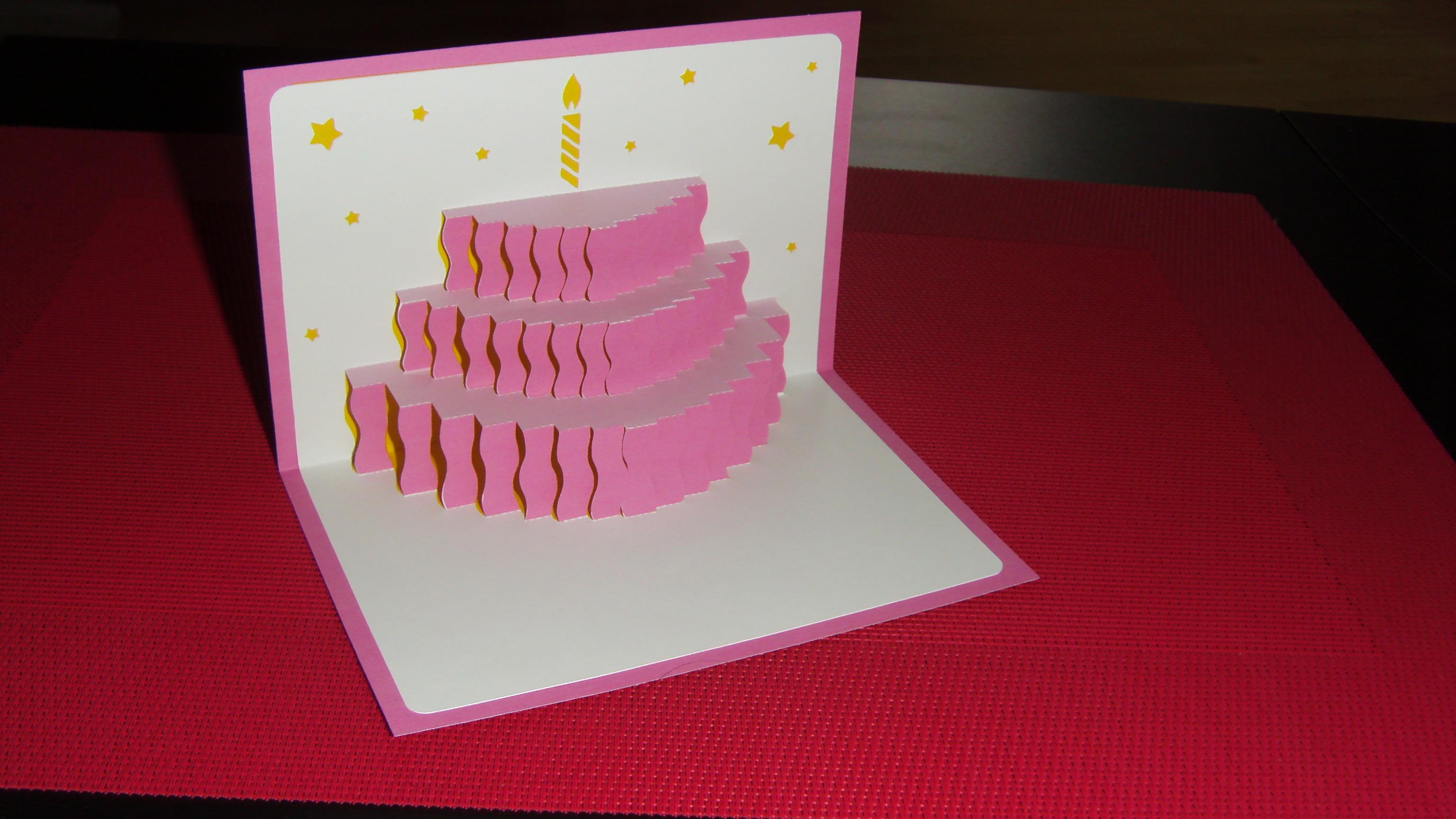 Carte anniversaire qui s'ouvre