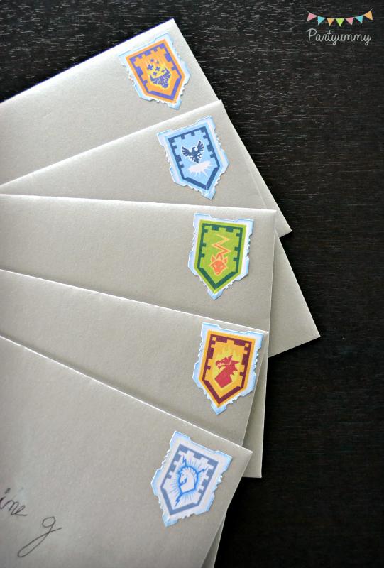 Carte invitation anniversaire lego nexo knight