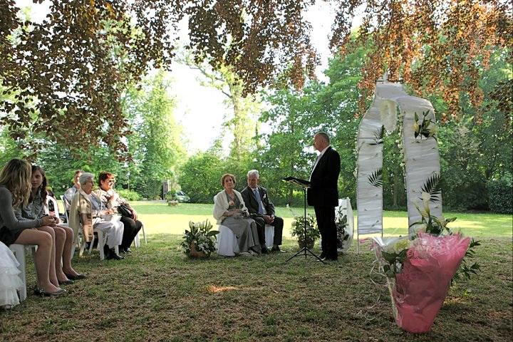 Ceremonie laique pour anniversaire de mariage
