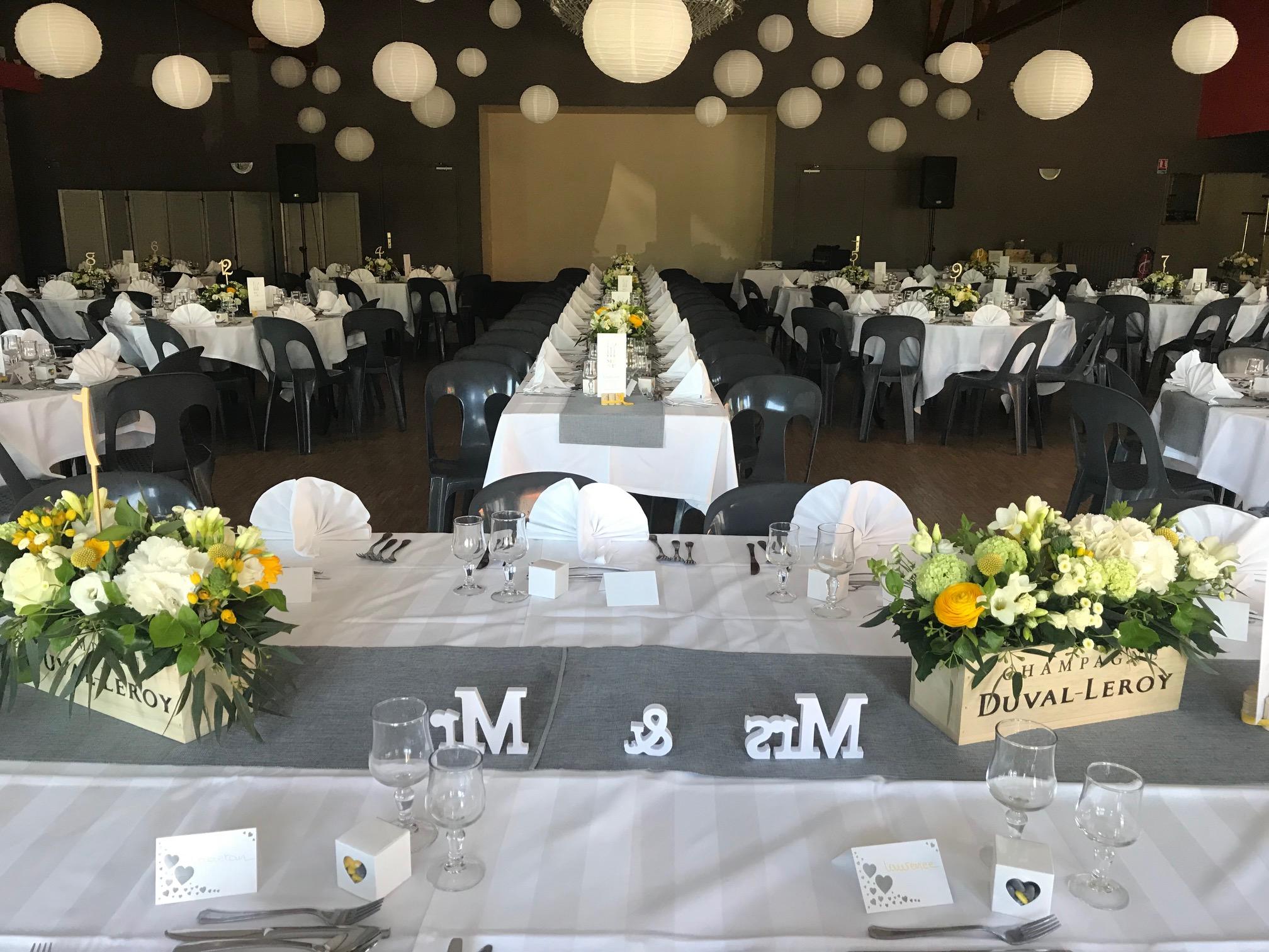Salle de reception pour anniversaire de mariage